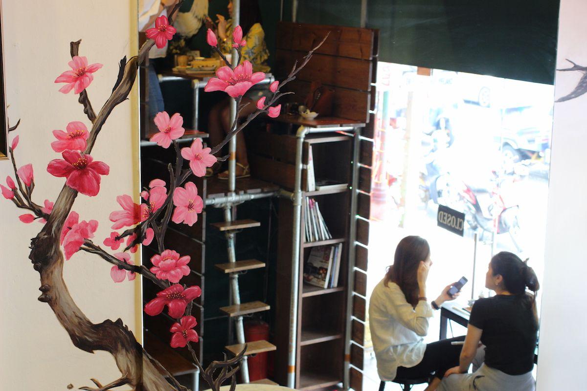 バンコク観光の合間にもぴったりな「Lhong Tou Cafe」
