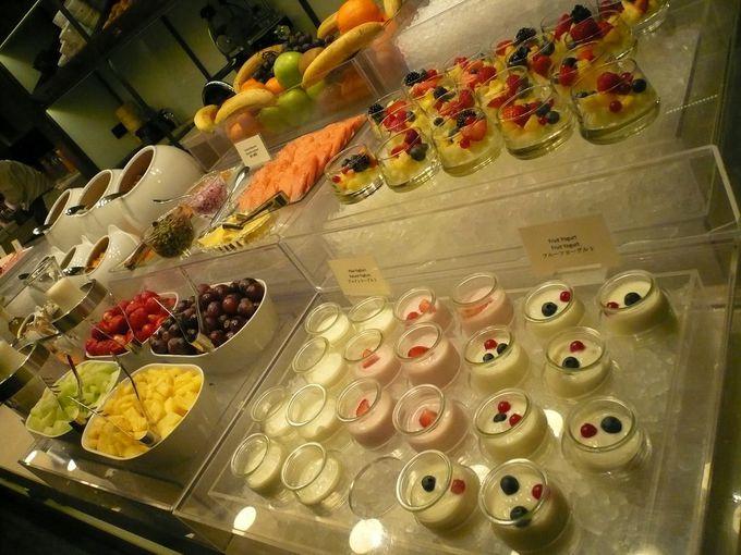おいしい朝食。必食は、はちみつとチーズのマリアージュ