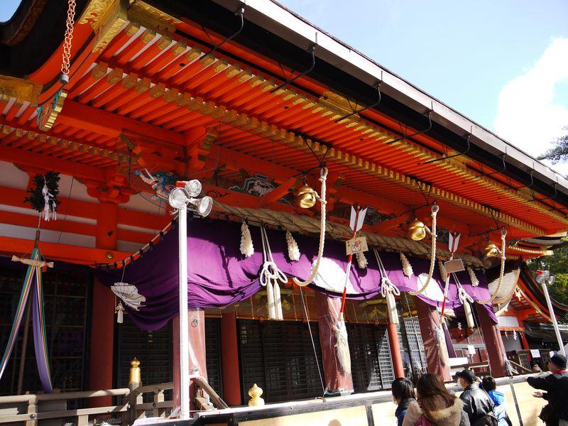 龍の棲む神社!?祇園の町を守る縁結びスポット・八坂神社