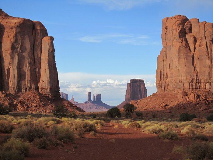 絶景!ナバホ族の聖地「モニュメントバレー」で地球の歴史を体感しよう!
