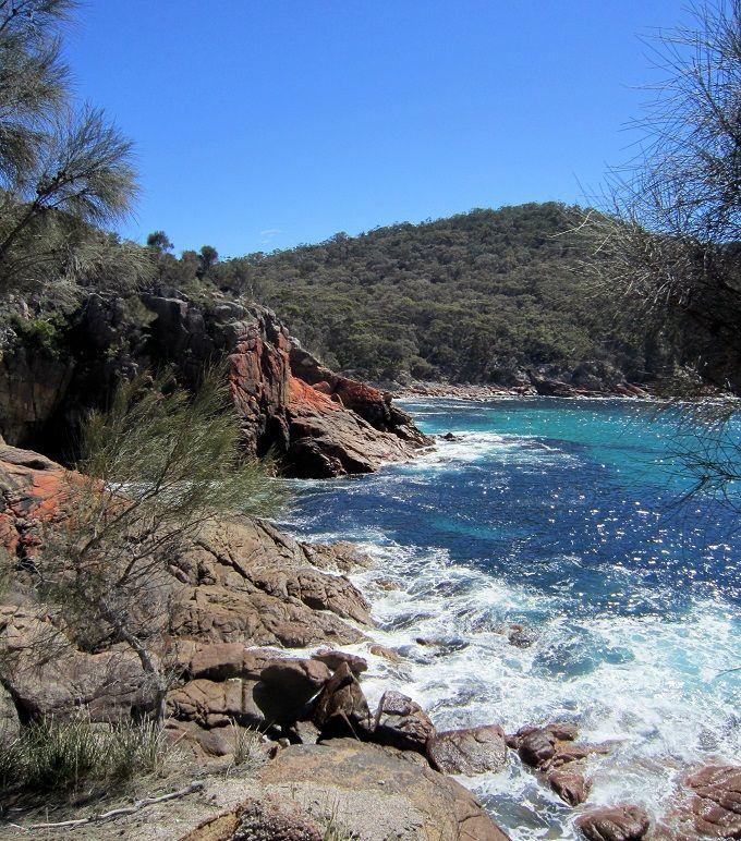フレシネ半島の海と山とシーフードを満喫!