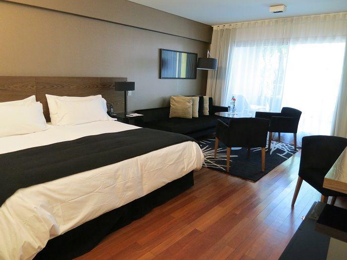 広くて快適な客室!屋上にはプールやサウナも!