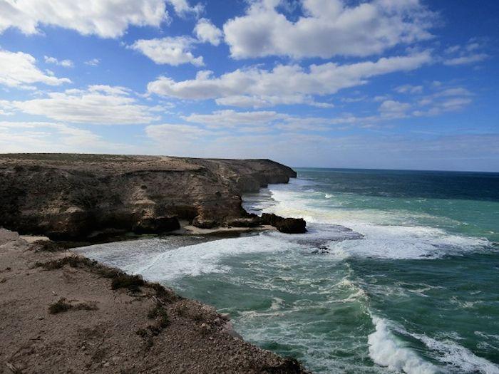 断崖絶壁の絶景「ヴィーナスベイ」と「エリストン」