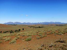 オーストラリア「フリンダース山脈」へ!アウトバックの魅力を満喫する旅