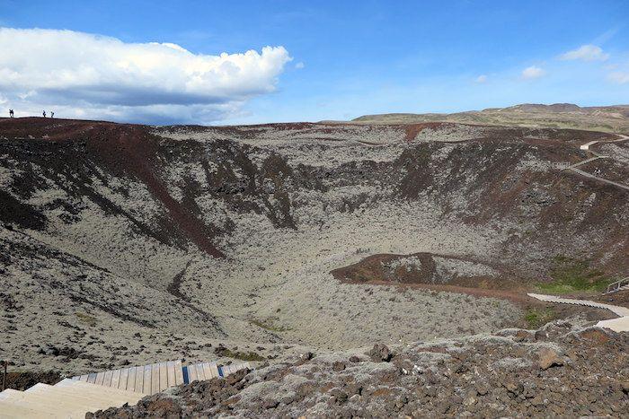 レイキャヴィクから日帰りも可能! アイスランド西部の見所3選