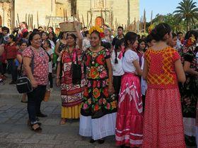 毎日がお祭り気分!メキシコの陽気な町「オアハカ」の歩き方