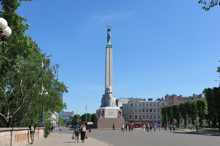 4.自由の記念碑/リガ