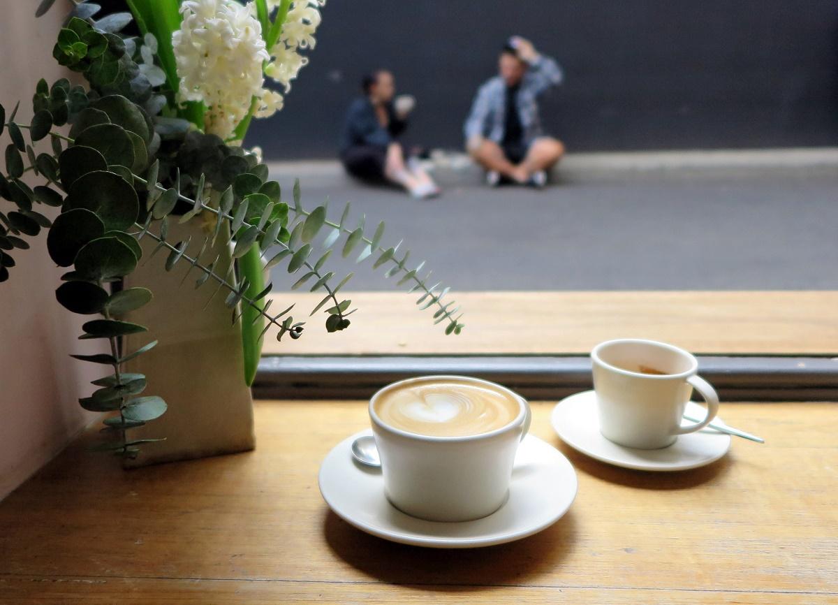 町中に点在するカフェで美味しいコーヒーを