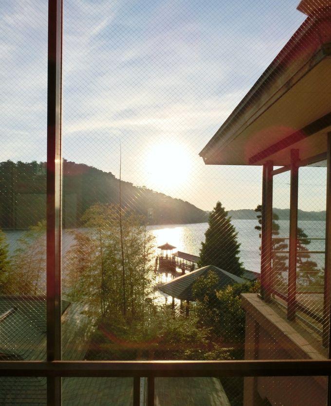 情緒溢れる「舘山寺温泉」の景観を楽しめる「ホテル九重」