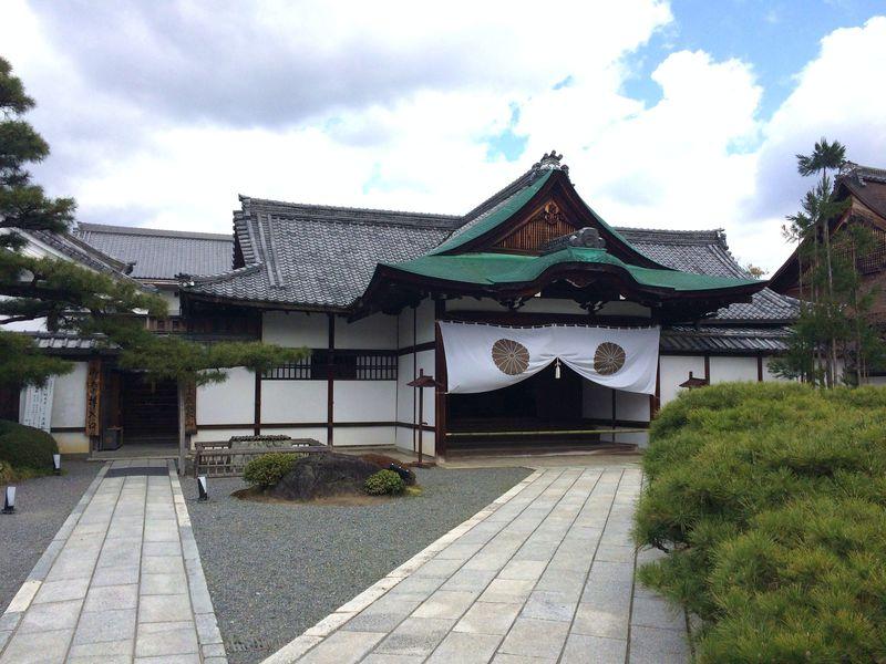 正式名称「旧嵯峨御所大覚寺門跡」