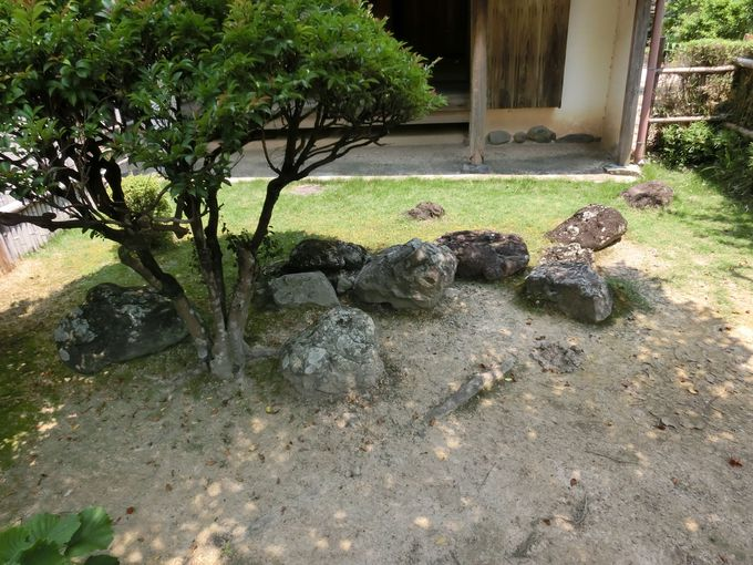 「海援隊」と岩崎弥太郎。日本列島を抱えた庭