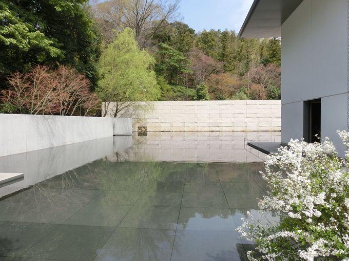 """仏教哲学者・鈴木大拙と""""水鏡の庭"""""""