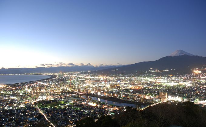 「香貫山」からの沼津の夜景