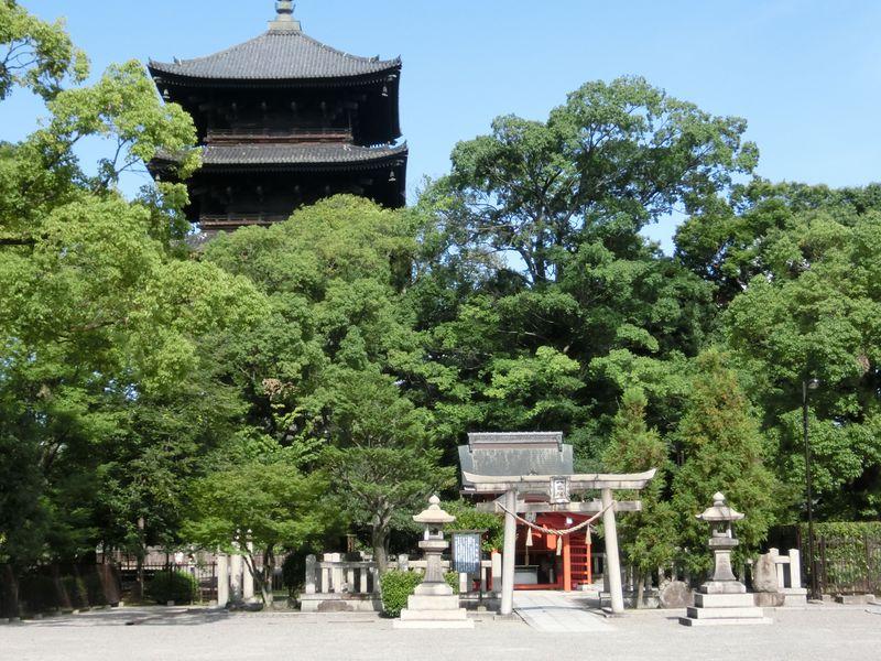 「東寺」京都駅から歩いて行ける世界遺産!そのゆかりの人物と神様