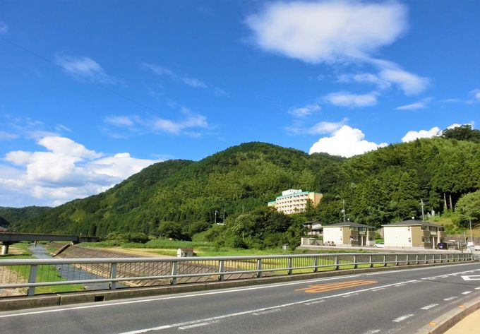 山陰の小京都・津和野の小高い丘に建つ「津和野ホテル」