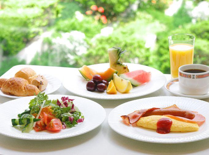 人気の朝食ビュッフェ!地元契約農家との深い結び付きとエコロジー
