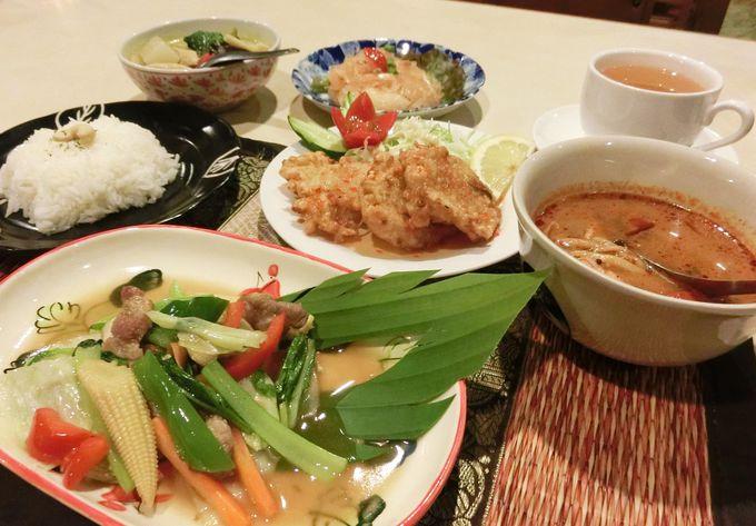 タイ料理レストラン「タンタワン」で本場の味!朝食には和定食を堪能