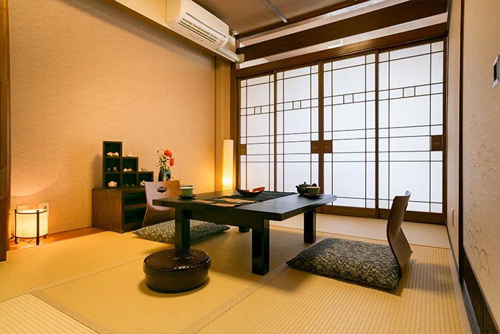 和モダンな風流をコンセプトにした館内と各種の客室