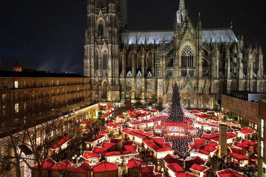 大聖堂のふもとで楽しむ厳かなケルンのクリスマスマーケット