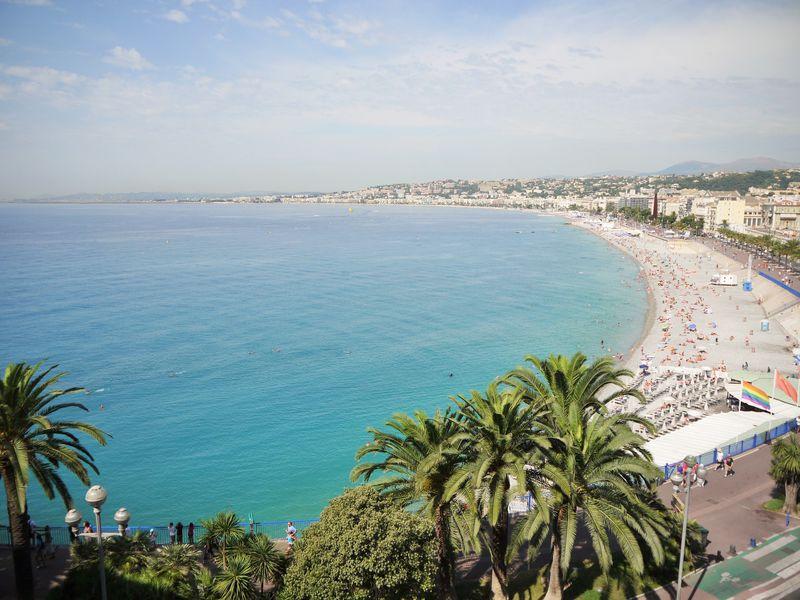 フランス旅行のベストシーズンは?エリア別・目的別の気候についても解説