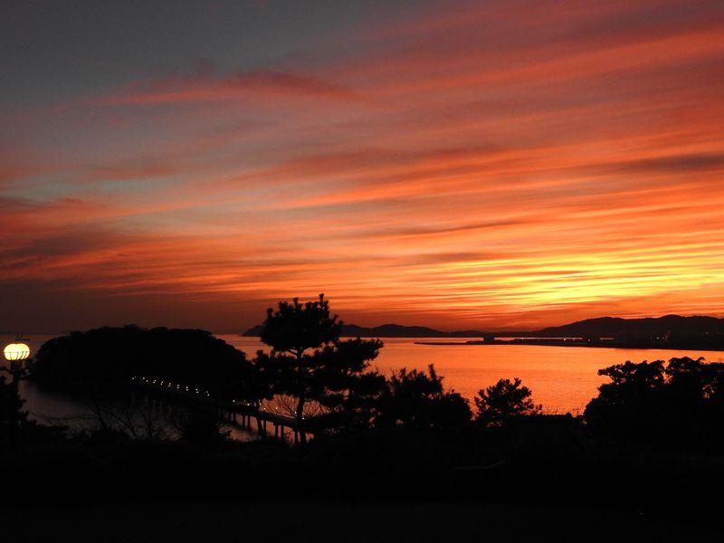 三河湾の夕暮れと文学散歩!絶景の「蒲郡クラシックホテル」