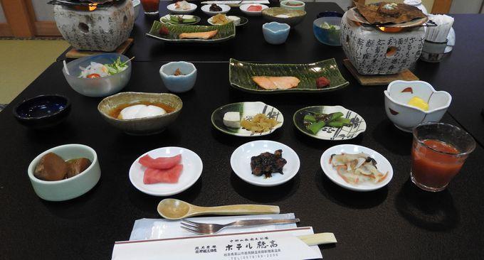 料理は和食、良いものを少しずつのおもてなし精神