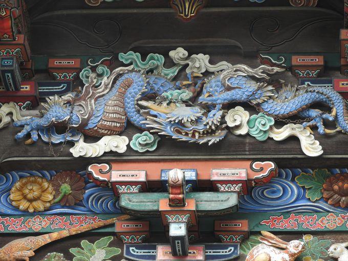 東方の守護神、青龍