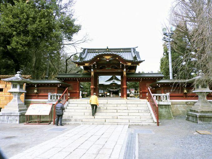 徳川家康が作らせた豪華絢爛な本殿・拝殿