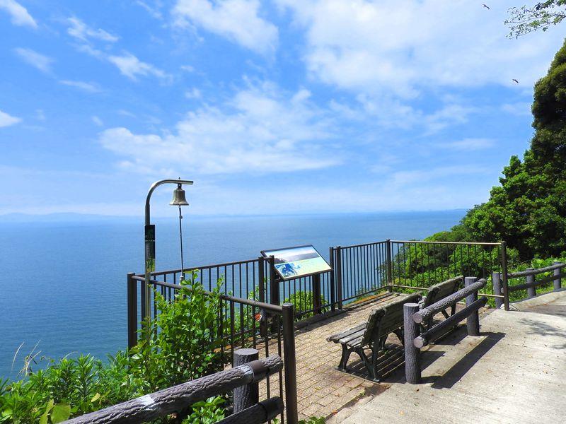 愛知・西浦温泉パームビーチ「万葉の小径」絶景展望台で大願成就!