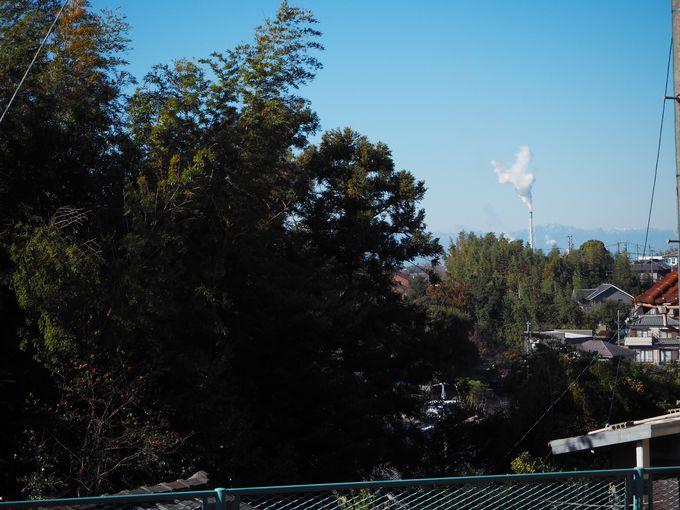 式年遷宮材で再建された岡田神明社