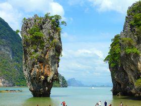 タイのジェームズボンド島は、巨岩がそそり立つ神秘の風景!