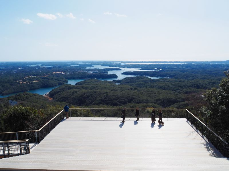 伊勢志摩・英虞湾を望む横山展望台!3つの絶景テラスと4つの展望台