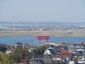 太陽と結び付きの強い神社!茨城「鹿島神宮」と東西の「一之鳥居」
