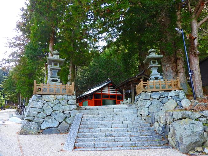 下総国・香取神宮から経津主神を勧請したパワースポット鎮神社
