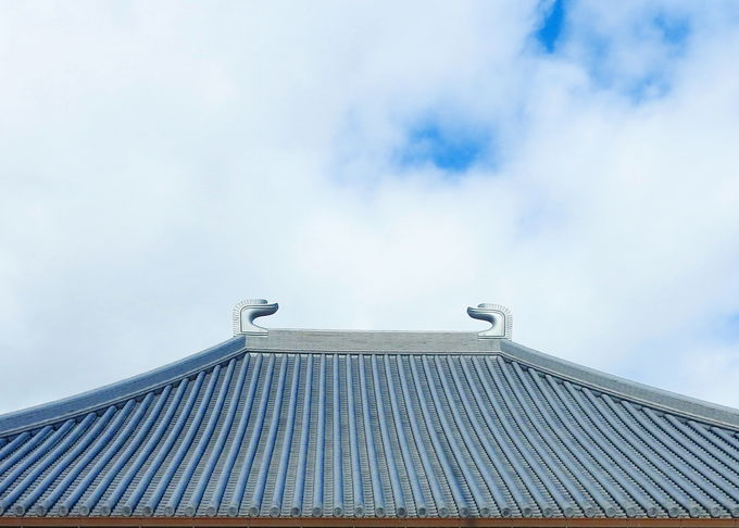 どこかで見たことがある?大屋根の飾り