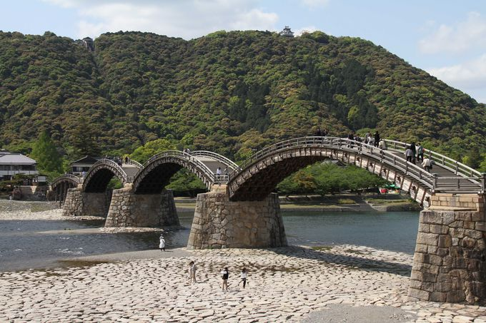 岩国錦帯橋は、日本三名橋のひとつ