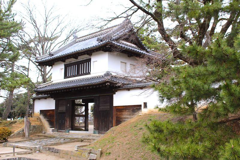 茨城の名所「土浦城」は続日本100名城にも選ばれた現存櫓門のあるお城