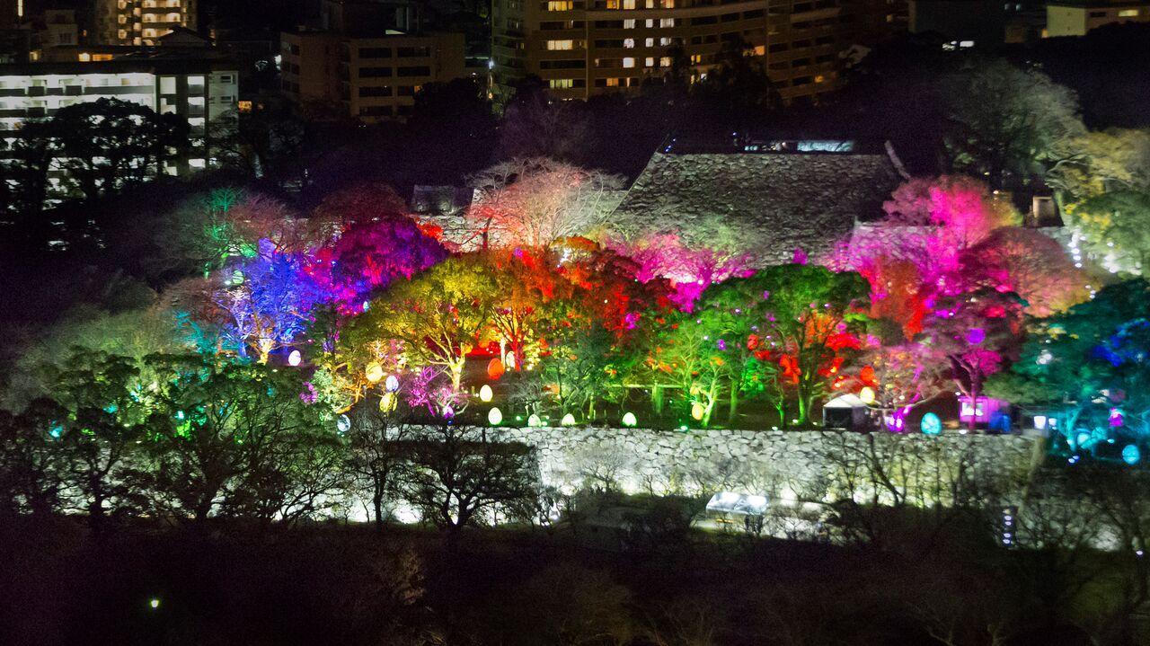 「福岡城」を包む芸術の光!チームラボが手がけるデジタルアートが美しすぎる