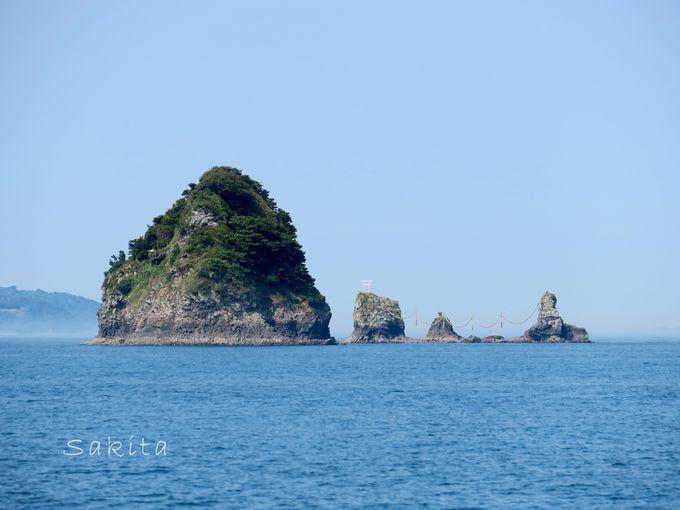 「伊予の江の島」のビーチは美しい!大しめ縄の夫婦岩も必見