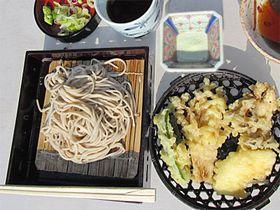 天ぷら&そば食べ放題!妙高・いもり池の絶景ランチ「芭蕉苑」へ