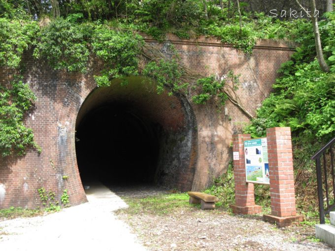 3.親不知レンガトンネル