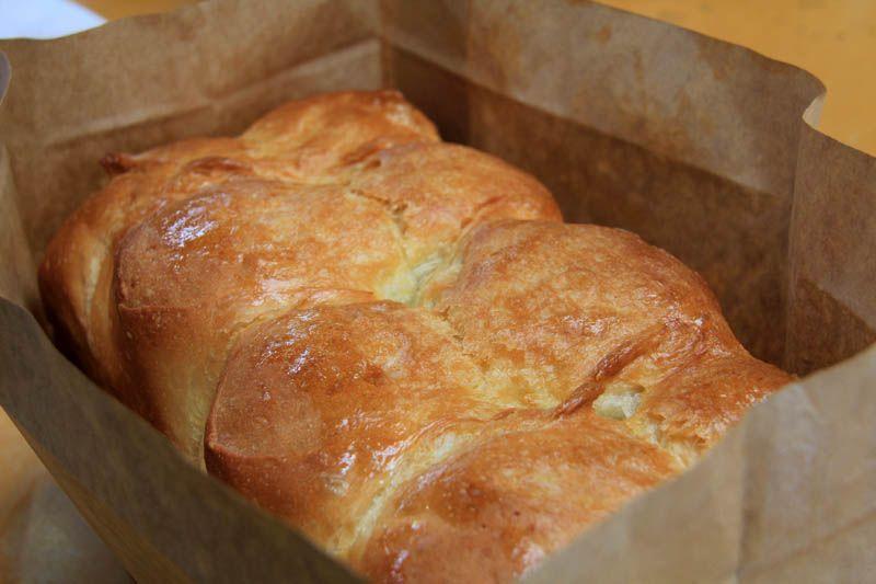 行列ができる大人気の食パン「からりブレッド」