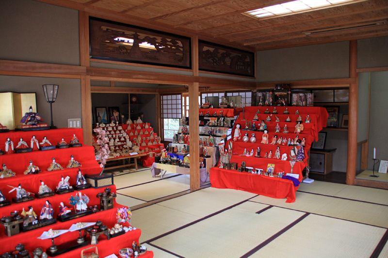 桜と雛祭りと日本家屋で心行くまで味わおう