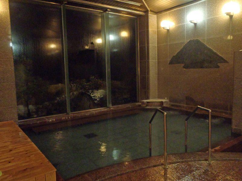コスト削減と快適さが同居!心地よい大浴場