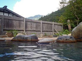 岐阜のおすすめ温泉8選—山あいの秘湯から小京都の風情まで