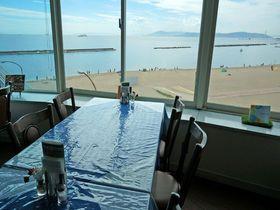 人気ビーチの展望抜群レストラン!神戸「オーシャンビュー須磨」