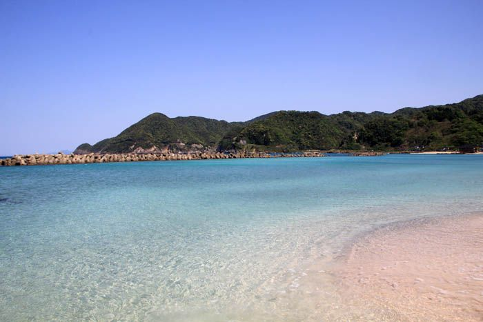 まるで沖縄!海の青さが感動の竹野浜
