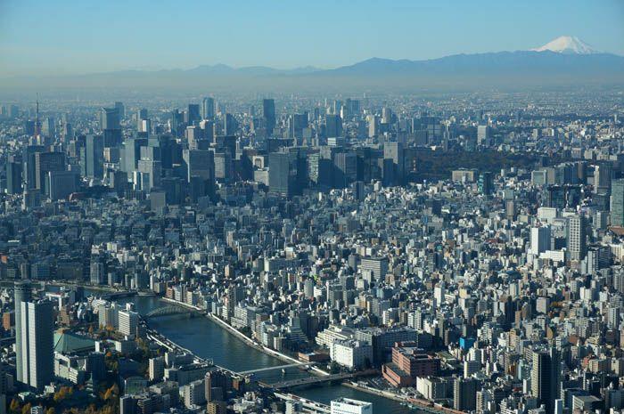 真っ白な富士山もくっきり!天望回廊からの360度の展望