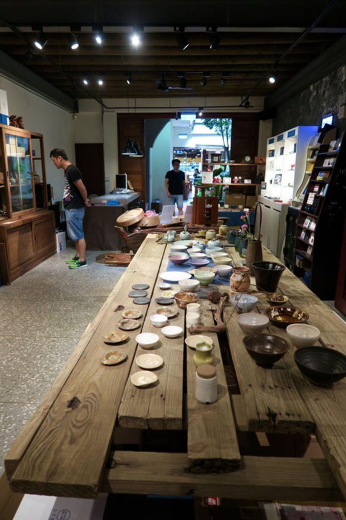 古い町家を改装して作られた雑貨兼カフェ屋さん「民藝埕(ミンイーチョン)」が面白い!