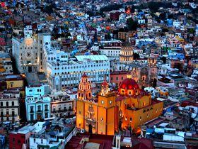 メキシコのカラフルタウン「グアナフォト」の観光ポイントはここ!
